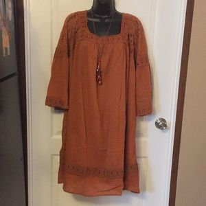 Gorgeous Summer dress and a necklace to match !
